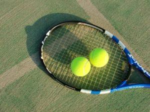 テニスラケット,テニスボール