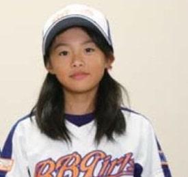 元NGT48で声優の野球好きな長谷川玲奈(小学校時代)