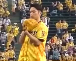 野球経験や野球歴が8年の間宮祥太朗